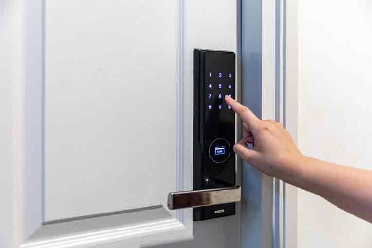 What Causes Power Door Locks to Stop Working